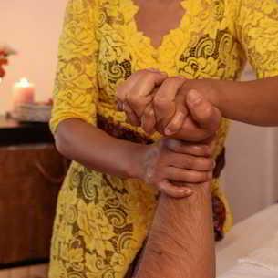 Masajul mainilor - un masaj la indemana pentru cei dragi